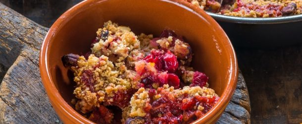 7 classic dessert recipes berry crumble