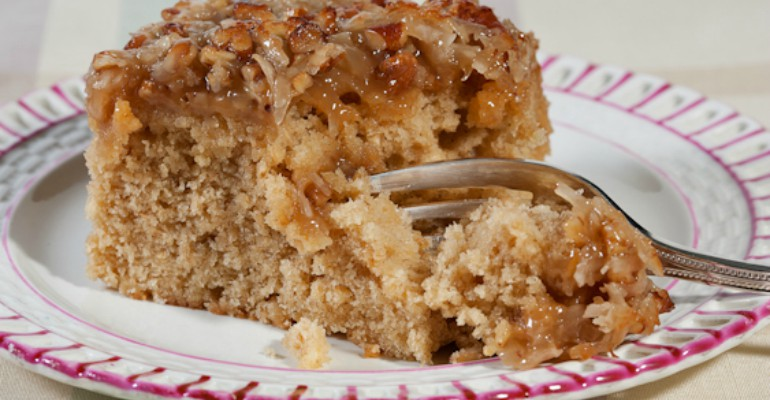 Tastee Recipe Delicious Oatmeal Cake That Makes You ...