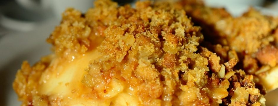 7 easy crockpot recipes apple cobbler